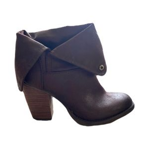 Like new Sbicca brown slouch bootie 8.5